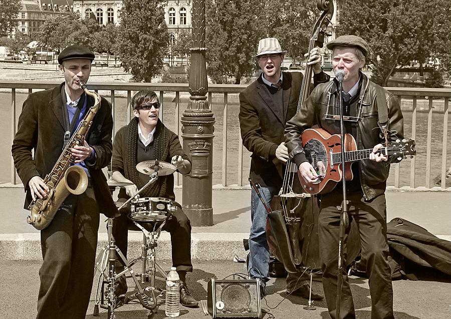 "Swing band ""SwingInParis,"" performing on the Pont Saint-Louis, Paris"