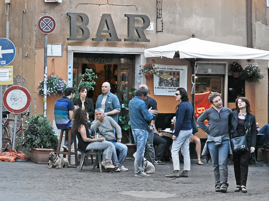 Café in the Trastevere, Rome, Italy. ©Patrick J. Lynch, 2017. All rights reserved.
